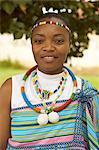 Portrait de femme africaine portant des vêtements, Soweto, Gauteng, Afrique du Sud