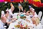 Happy Friends feiern Kräftskiva in Hof