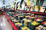 Boutique de souvenirs à Ho Chi Minh ville (Saigon), Viêt Nam, Indochine, Asie du sud-est, Asie