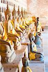 Bouddhas au Wat Si Saket, le plus vieux temple de Vientiane, au Laos, Indochine, Asie du sud-est, Asie