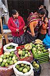 Marché en plein air à Chichicastenango, au Guatemala, l'Amérique centrale
