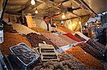 Vendeur de fruits secs, Djemaa el Fna, Marrakech, Maroc, Afrique du Nord, Afrique
