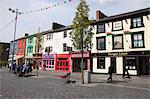 Place du château, Caernarfon, Gwynedd, pays de Galles, au pays de Galles, Royaume-Uni, Europe