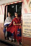 Rush hour in the Victoria Terminus (Chhatrapati Shivaji Terminus), Mumbai (Bombay), Maharashtra, India, Asia