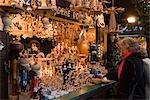 Traditionnel allemand en bois Noël décorations, Berlin, Allemagne, Europe