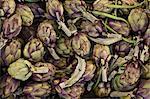 Artischocken, einer der lokalen Gemüse auf dem Markt am Sonntagmorgen, Pollenca, Tramuntana, Mallorca, Balearen, Spanien, Europa