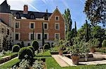 Renaissance garden, Leonardo da Vinci's House and Museum, Clos Luce, Parc Leonardo da Vinci, Amboise, Indre-et-Loire, Loire Valley, Centre, France, Europe