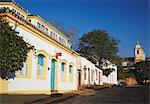 Colonial buildings and Matriz de Santo Antonio Church, Tiradentes, Minas Gerais, Brazil, South America