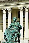 Poland, Europe, Poznan, statue infront of Raczynski Library