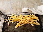 Frites on baking sheet