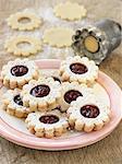 Shortbread cookies with raspberry jam center