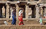 Asia, India, Karnataka, Hampi.  Women working in the Sule bazaar, Hampi.