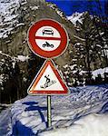 road sign, no motor vehicles, sledge crossing
