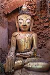 Buddha image inside a ruined stupa, Shwe Inn Thein Pagoda, Inle Lake, Shan State, Myanmar (Burma), Asia
