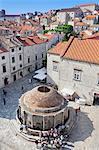 Onofrio fountain, Old Town, UNESCO World Heritage Site, Dubrovnik, Dalmatia, Croatia, Europe