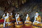 Statues of the Buddha, Saddar Cave, near Hpa-An, Karen State, Myanmar (Burma), Asia