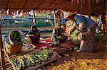 Floating market, Ywama village, Inle Lake, Shan State, Myanmar (Burma), Asia