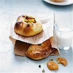 Apple,dried apricot and pistachio brioche buns