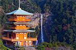 Asia, Japan, Honshu, Wakayama prefecture, Nachi no taki waterfall and pagoda