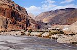 Nepal, Mustang, Chusang. The small village of Chusang, deep in the Kali Gandaki gorge.