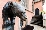 Europe, Poland, Silesia, Wroclaw, bear statue, copy of Ernest Moritz Geyger s 1902 Barenbrunnen, made in 1998 by sculpturer R. Zamorski