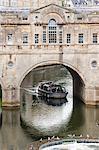 Pulteney Bridge over the River Avon, Bath, Avon and Somerset, England, United Kingdom, Europe
