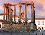 Portugal, Alentejo, Evora, Roman temple of Diana and Se Cathedral  (MR)