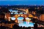 Europe, Italy, Tuscany, Florence, Historic center, Unesco World Heritage site, Ponte Vecchio & Arno River