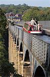 Pontcysyllte Aqueduct, built 1795 to 1805, UNESCO World Heritage Site, and the Ellesmere Canal, Llangollen, Denbighshire, Wales, United Kingdom, Europe