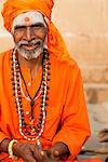 Sadhu on the banks of the Ganges, Varanasi (Benares), Uttar Pradesh, India, Asia