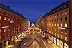 Sweden, Uppland, Stockholm, Kungsgatan, City street at night