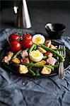Salade niçoise with tuna
