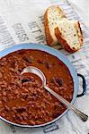 Chilli con carne with white bread