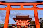 Fushimi Inari-taisha temple, Shinto sanctuary, Kyoto, Kansai region, Honshu island, Japan, Asia