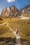 Hiking in Puez-Geisler, around Geislergruppe, Dolomites, Trentino-Alto Adige, Italy