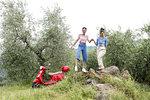 Friends enjoying countryside, Città della Pieve, Umbria, Italy