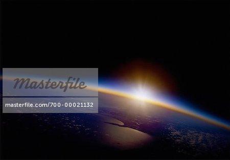 Lever du soleil sur terre