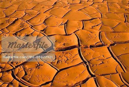 Gros plan de fissuré Earth Death Valley National Park en Californie, USA