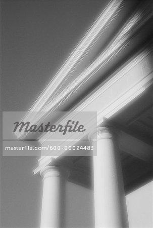 Colonnes et angle du fronton Cour suprême de Floride Tallahassee, Floride, États-Unis