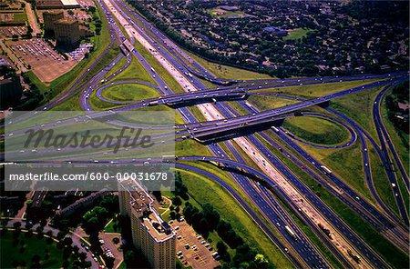 Vue aérienne de route Cloverleaf Toronto, Ontario, Canada
