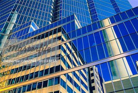 Gros plan des tours de bureaux de Toronto, Ontario, Canada