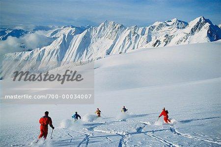 Heliskiers, Blackstone, Valemont Glacier, Colombie-Britannique Canada