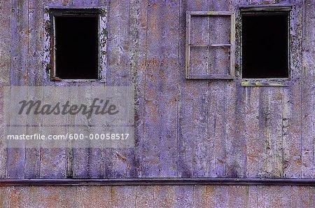 Fenêtres du bâtiment abandonné, Hébron, Terre-Neuve et Labrador, Canada