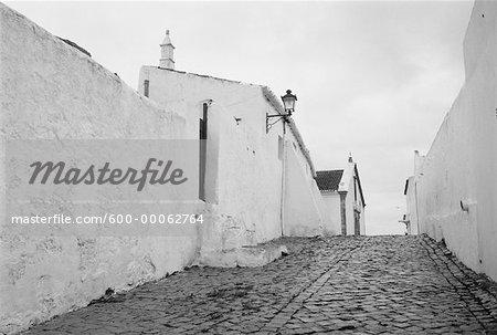 Passerelle de Pierre et les bâtiments, Portugal
