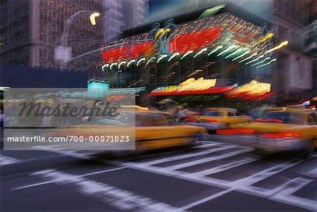 Vue brouillée de Times Square, New York, New York, USA