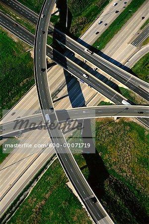 Vue aérienne de la voirie du Viaduc de l'autoroute 407 et 427, Ontario, Canada