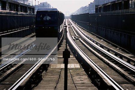 La station de métro, Paris, France
