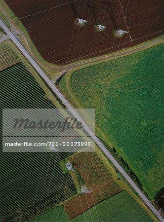 Vue aérienne du paysage et des lignes de puissance Sandy, Oregon, Etats-Unis