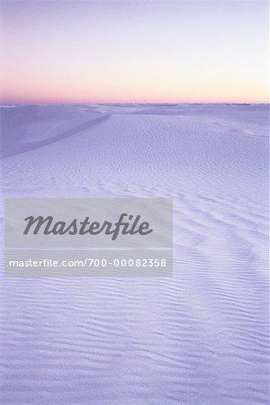 Dunes de sable au crépuscule sable blanc National Monument au Nouveau-Mexique, États-Unis