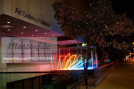 Sculpture lumineuse au Musée des beaux-arts de l'Ontario Toronto, Ontario, Canada